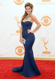 Maria opted for a rich navy blue mermaid gown with a fitted strapless bodice for the red carpet of the Emmy Awards.