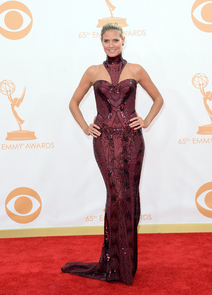 In Atelier Versace At The 2013 Emmy Awards