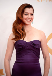 Alyson pulled her vibrant red waves into a stunning side sweep for the 2013 Emmys.