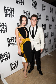 Chloe Bridges was a head turner at the ACE Eddie Awards in a tricolor dress with illusion shoulder straps and waist cutouts.
