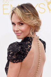 Keltie Knight opted for a classic and romantic updo when she attended the Emmys.