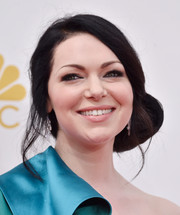 Laura Prepon opted for a romantic side chignon when she attended the Emmys.