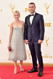 Naomi Watts looked lovely, as always, in a beaded strapless dress by Christian Dior Couture during the Emmy Awards.
