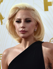 Lady Gaga looked demure at the Emmys wearing this retro bob.
