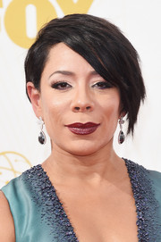 Selenis Leyva rocked a short emo cut at the 2015 Emmys.