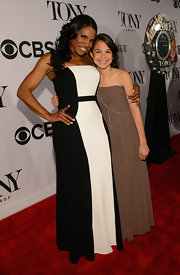 Audra McDonald chose a black-and-white column-style dress for her simplistic look at the 2013 Tony Awards.