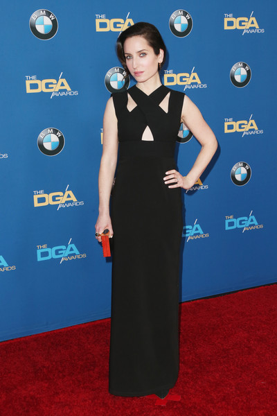 Zoe Lister Jones stayed on trend in a black cutout column dress at the Directors Guild of America Awards.