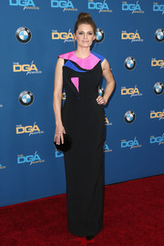 Stana Katic looked modern and fun in a color-block ruffle-bodice gown by Roksanda at the Directors Guild of America Awards. The actress finished her look with M.Gemi Brivido pumps.