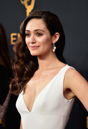 Emmy Rossum opted for a curly side sweep when she attended the Emmy Awards.