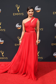 Priyanka Chopra looked divine at the Emmys in a red one-shoulder cutout gown by Jason Wu.