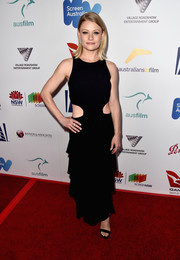 Emilie De Ravin was edgy-sexy in a black gown with a tiered skirt and waist cutouts at the Australians in Film Award.