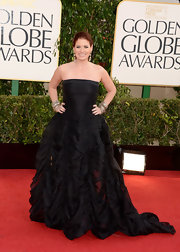 Debra looked delightfully decadent in this black ruched gown at the Golden Globe Awards.