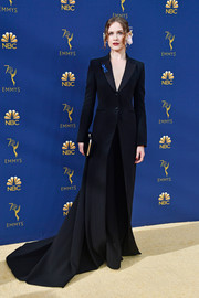 Evan Rachel Wood donned a flowing black tuxedo by Altuzarra for the 2018 Emmys. She certainly knows how to look grand in a suit!