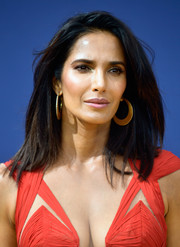 Padma Lakshmi looked simply stylish with her windswept 'do at the 2018 Emmys.