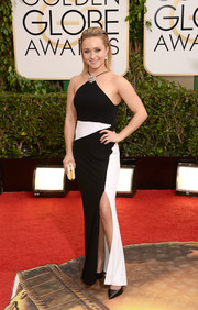 Hayden Panettiere went for modern glamour in a monochrome halter gown by Tom Ford during the Golden Globes.