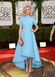 Caitlin Fitzgerald went for simple sophistication with this turquoise Emilia Wickstead fishtail dress during the Golden Globes.