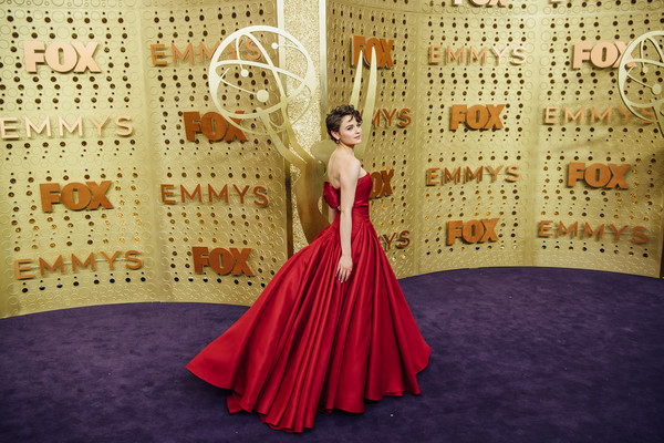 More Pics of Joey King Messy Cut (1 of 16) - Short Hairstyles Lookbook - StyleBistro [image,dress,clothing,red,gown,fashion,formal wear,fashion design,textile,haute couture,pattern,arrivals,joey king,emmy awards,filters,california,los angeles,microsoft theater]
