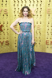 Anna Chlumsky chose a strapless teal and lavender gown by J. Mendel for the 2019 Emmys.