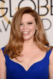 Natasha Lyonne left her hair loose in a cascade of gentle waves for the Golden Globes.