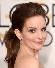 Tina Fey oozed girl-next-door charm with this teased ponytail at the Golden Globes.