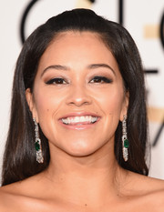 Gina Rodriguez wore her tresses in a simple half-up style for the Golden Globes.