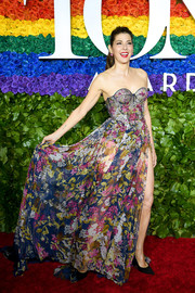 Marisa Tomei looked alluring in a sheer floral corset gown by Ralph & Russo Couture at the 2019 Tony Awards.