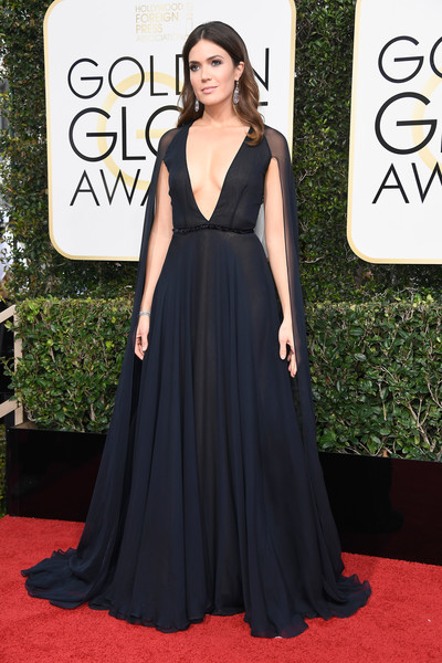 Mandy Moore in Naeem Khan at the Golden Globes
