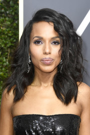 Kerry Washington looked fabulous with her high-volume waves at the 2018 Golden Globes.