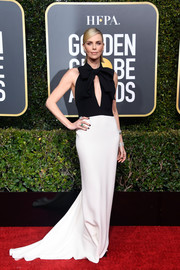 Charlize Theron looked simply elegant in a black-and-white keyhole-cutout gown by Dior Couture at the 2019 Golden Globes.