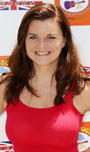 Heather Tom kept it casual with a loose side-parted 'do at the Kidstock Music and Art Festival.