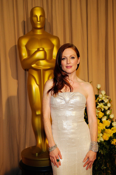 Julianne+Moore in 82nd Annual Academy Awards - Backstage Arrivals