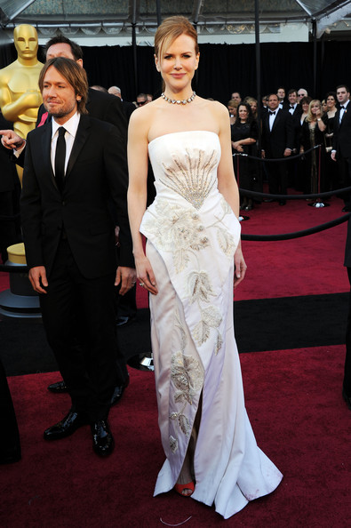 Nicole Kidman Oscars Dress. Nicole Kidman Oscar Dress: