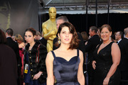 Marisa Tomei Wears Soft Beauty Hues on the Oscar Red Carpet