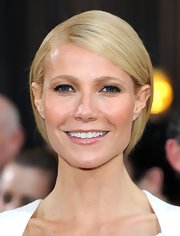 Gwyneth Paltrow attended the 84th Annual Academy Awards looking fresh-faced and wearing only minimal makeup that included a hint of rosy lip gloss.