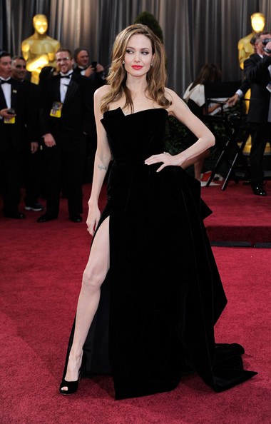 Angelina Jolie's Black Velvet Versace Oscar Dress