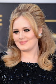 Adele sported her signature full-of-body, half-up-half-down 'do at the 2013 Oscars.