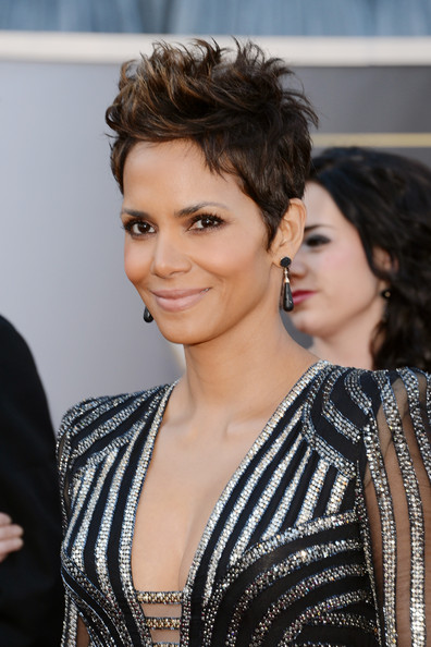 More Pics of Halle Berry Spiked Hair (7 of 40) - Short Hairstyles Lookbook - StyleBistro