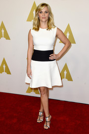 Reese Withspoon chose a simple color-block dress for the Academy Awards Nominee Luncheon.
