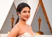 Priyanka Chopra swept her locks back into a low ponytail for the Oscars.