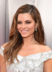 Maria Menounos looked pretty wearing thhis side-parted wavy 'do at the Oscars.