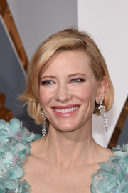 Cate Blanchett added major glamour with a pair of Tiffany & Co. diamond chandelier earrings.