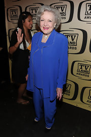 Betty White rocked a blue suit at the annual TV Land Awards.