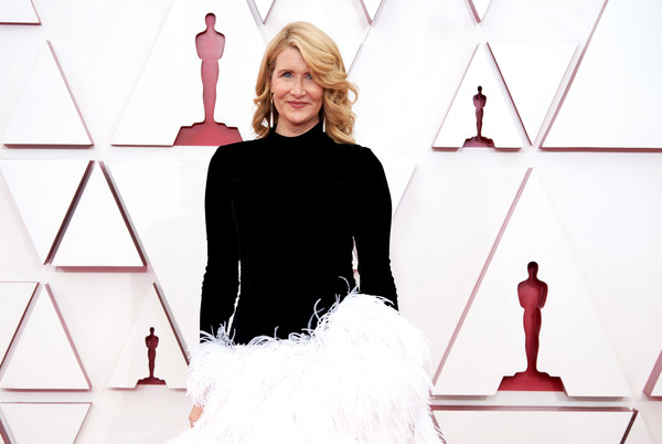 More Pics of Laura Dern Evening Dress (5 of 30) - Dresses & Skirts Lookbook - StyleBistro [handout photo,smile,sleeve,style,red,font,fashion design,gown,formal wear,event,magenta,bikini top,laura dern,fashion,model,smile,sleeve,style,a.m.p.a.s.,annual academy awards,dos gardenias stein square neck bralette bikini top,fashion,model]