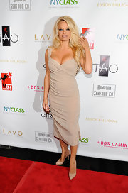 "Pamela Anderson wore head-to-toe nude for ""A Night of New York Class,""pumps included!"