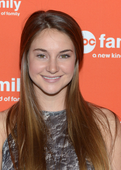 More Pics of Shailene Woodley Long Straight Cut (1 of 19) - Shailene Woodley Lookbook - StyleBistro