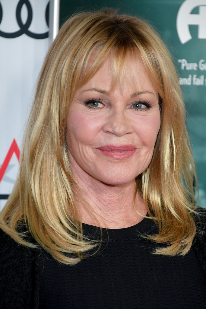 Melanie Griffith S Layered Lob Medium Length Haircuts