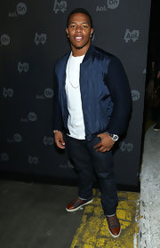 Ray Rice kept his look casual and cool with this two-toned zip-up jacket.