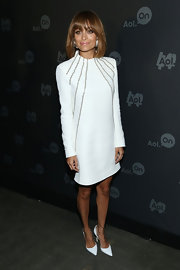 A long-sleeve, structured cocktail dress gave Nicole Richie a super sleek and modern look.