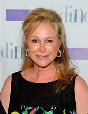 Kathy Hilton wore a lovely half-up half-down hairstyle to the Aruba in Style event.