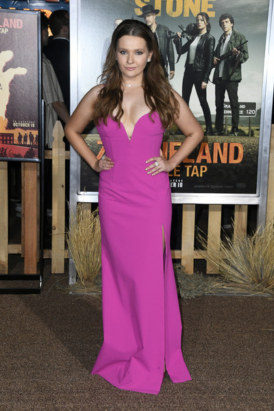 Abigail Breslin Evening Dress [dress,clothing,shoulder,premiere,carpet,red carpet,pink,gown,fashion,purple,arrivals,abigail breslin,zombieland double tap,california,regency village theatre,sony pictures,westwood,premiere,sony pictures premiere]
